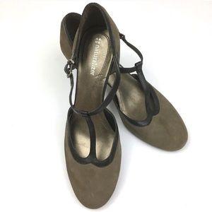 Naturalizer heels t-strap tan brown size 10